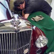 Bentley R